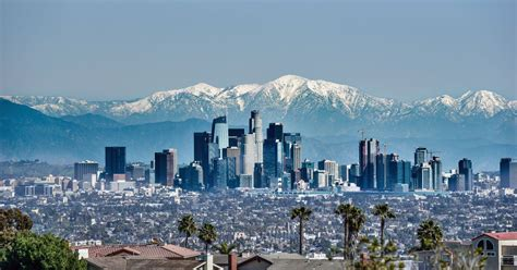angeles los weather snow cities most mountains temperature unusual places united january february states visit capped california downtown degrees many