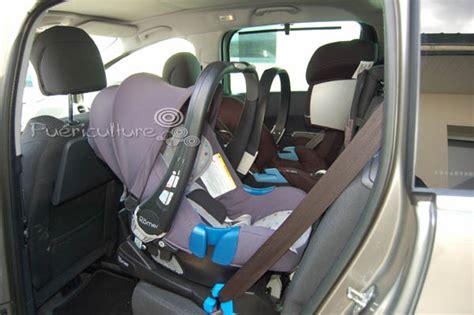siege auto 3 ans et plus casse tête 3 bons sièges auto dans une voiture