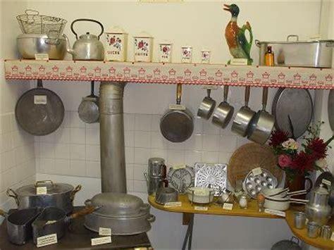 ustensiles de cuisine en l le musée des ustensiles de cuisine anciens
