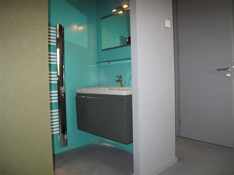 chambre adolescent avec salle de bain attenante