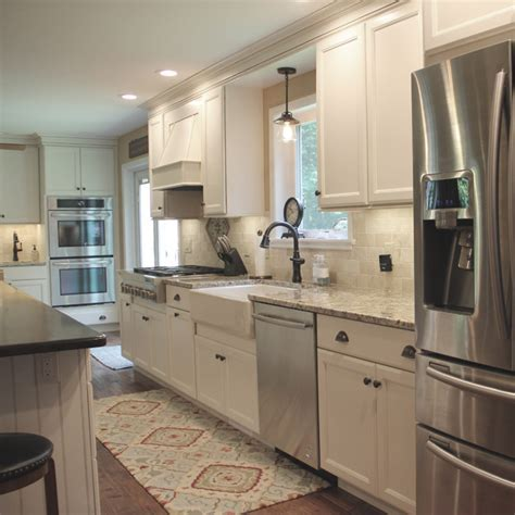 Schrock Cabinets   Entra & Trademark Cabinets   Cabinetry