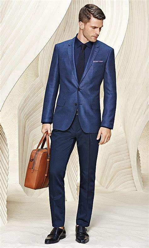 braune schuhe blauer anzug blauer anzug mit hemd und braune tasche f 252 r herren anz 252 ge blauer anzug