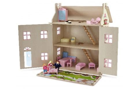 Aldi Launches Fabulous Budget Wooden Toy Range From Just £
