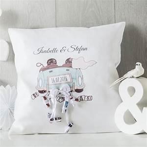 Geschenke Für Hochzeit : personello personalisierbares kissen 39 hochzeit 39 online kaufen online shop ~ Frokenaadalensverden.com Haus und Dekorationen