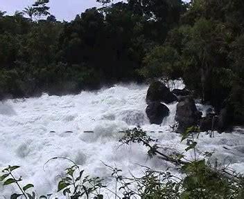 air luncur sulewana wisata sulawesi