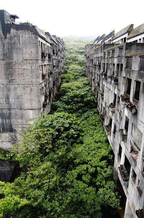 30 Abandoned Places That Look Truly Beautiful