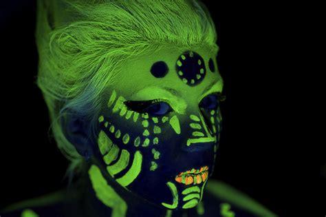 glow   dark tattoo howstuffworks