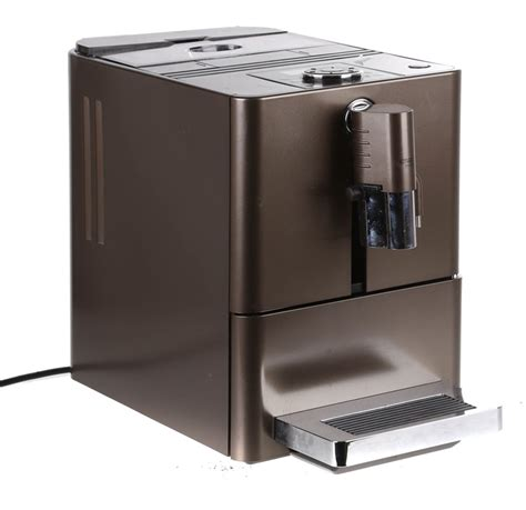 But with an impressive array of models available, it can be hard to know which one to choose. JURA ENA Micro 9 One Touch Espresso Coffee Machine, Built-In Grinder. N.B. Auction | GraysOnline ...