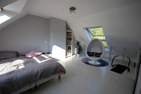 chambre dans les combles aménagement de combles espace combles
