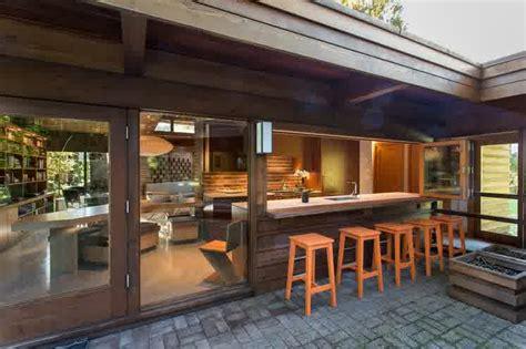 delightful alfresco dining  kitchen pass