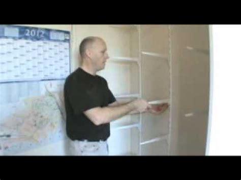 armoire de chambre porte coulissante porte coulissante comment faire un placard avec porte