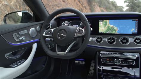 Instead, hold the indicator for two seconds to instruct the car to do the rest itself. 2017 Mercedes-Benz E-Class Coupe Interiors / E400 4MATIC | E300 | E220d 4MATIC - YouTube