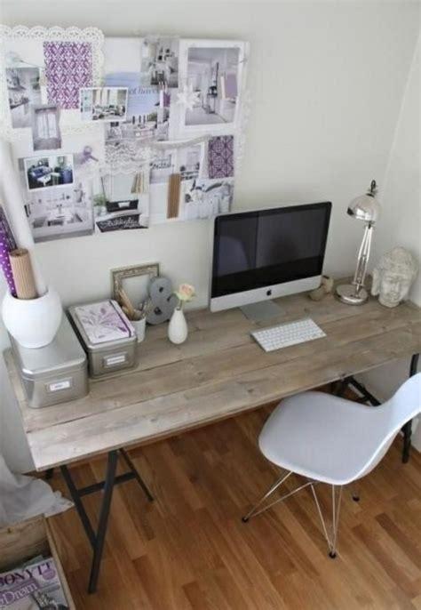 bureau ag e décoration de bureau à domicile 23 idées d 39 inspiration