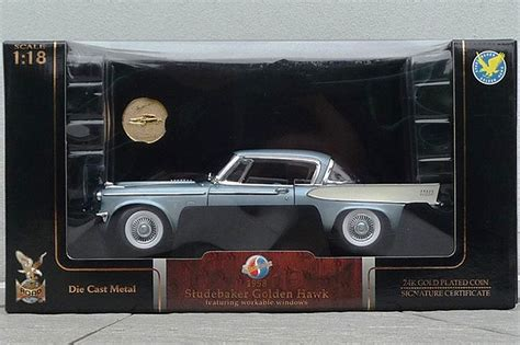 sold model cars   road signature die cast metal