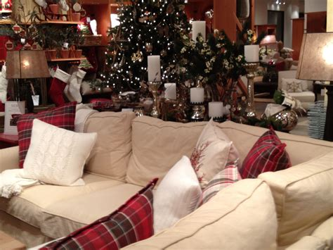cozy holiday living room holiday decorating pinterest