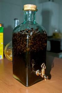 Bouteille Avec Robinet : bouteille rhum arrang avec robinet les ustensiles de cuisine ~ Teatrodelosmanantiales.com Idées de Décoration