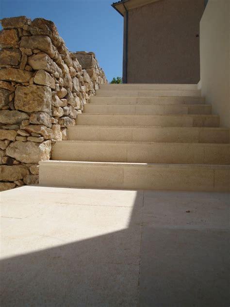 escalier exterieur en naturelle cobtsa