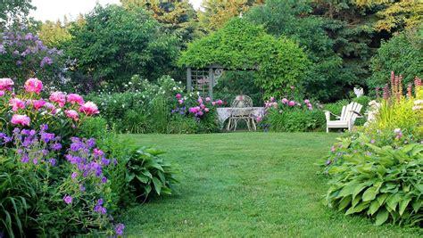 aiken house gardens   english country garden
