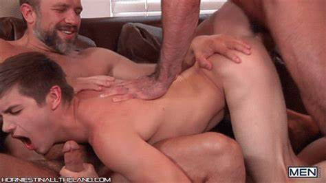 Muscle Stepdaddy And Drunked Pervert