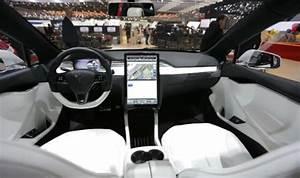 2020 Tesla Roadster Interior | Tesla roadster, Roadsters, Tesla interior