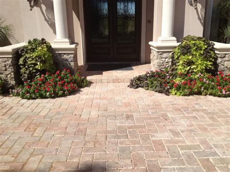 types of patio pavers different types of patio pavers