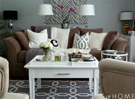25 best brown couch decor ideas on pinterest brown room