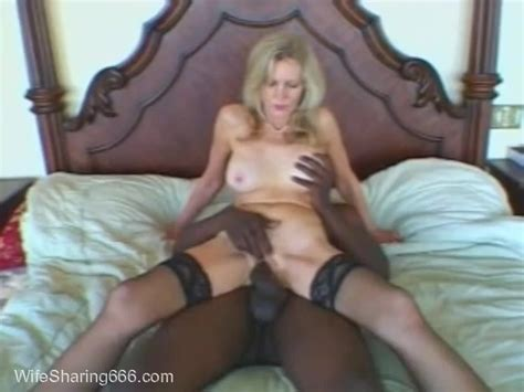 Classy Mature Hotwife Shared With Bbc In Chicago Hotel On