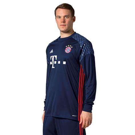Manuel To Wear Neuer Bayern 201617 Kit Today