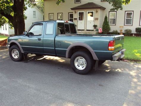 purchase used ford ranger 4x4 1997 xlt extended cab 4 0 v 6 up truck in pomfret center