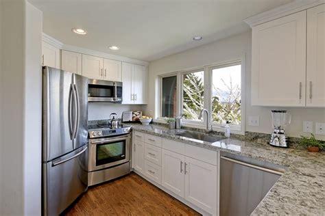 white shaker maple pius kitchen bath