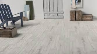 lame vinyle salle de bain lame vinyle 224 coller imitation bois vieilli blanc artline calypso maclou 32 99 m 178