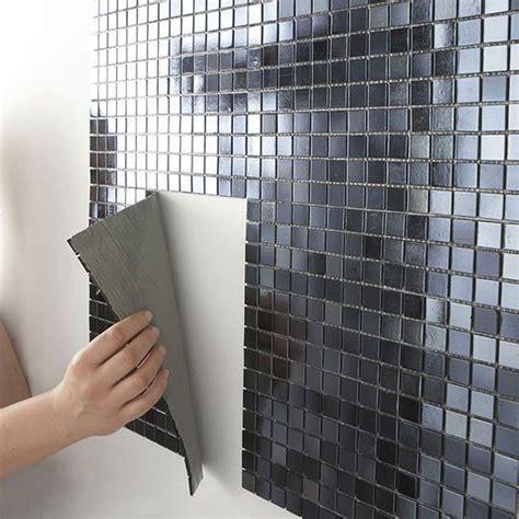 carrelage mural adhesif pour cuisine carrelage adhésif une rénovation facile côté maison