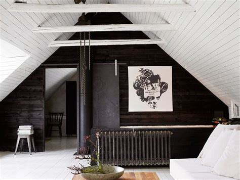 What Black White Chic All Over Monochrome Homes Are