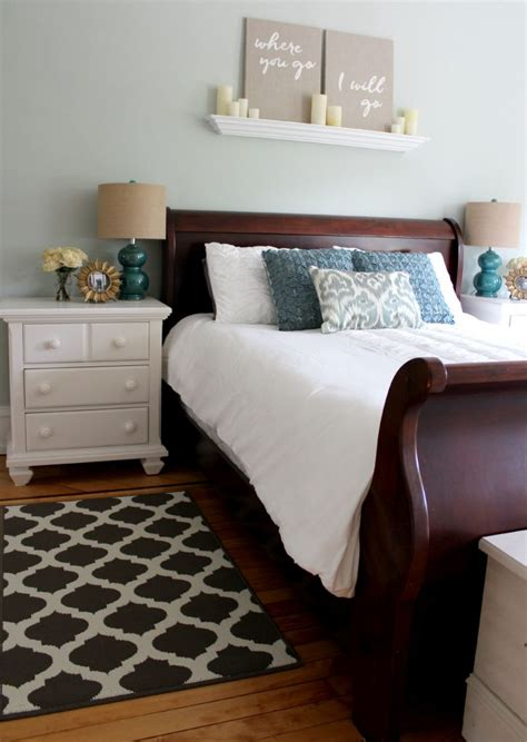 Bed With White Nightstands by Choosing Neutral Paint Colors For The New House