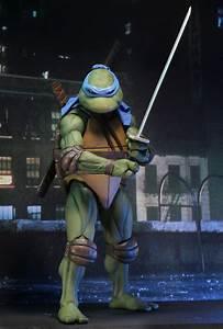 Teenage Mutant Ninja Turtles 1990 Leonardo 14 Scale