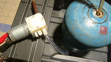 Comment Remplir Une Bouteille De Gaz Vide Avec De L'eau