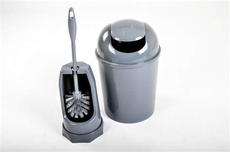 wc garnitur set kosmetikeimer wc garnitur m 252 lleimer badezimmer set toilettenb 252 rste eimer neu