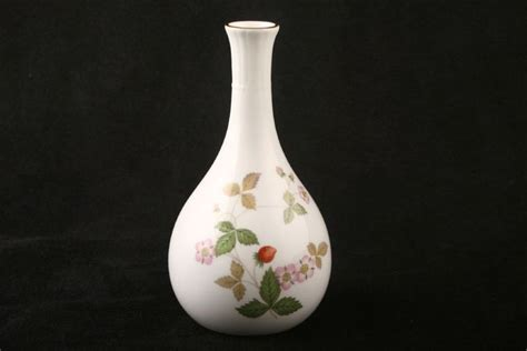 Wedgwood Strawberry Bud Vase by Bud Vase From 163 19 30 2 In Stock To Buy Now Wedgwood