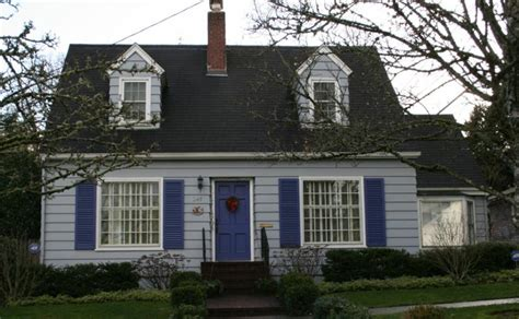 Cape Cod Houses, Candy-coloured Cape
