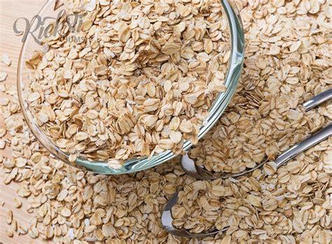 Kviešu pārslas 1 kg - Rieksti Jums