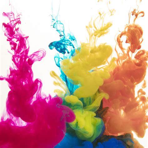 Türkis Farbe Bilder by Bunte Farben Die In Wasser Diffundieren Der
