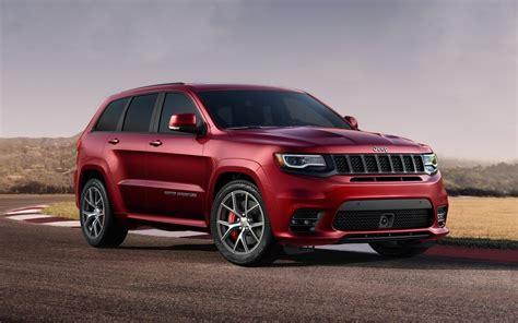 comparison jeep grand cherokee srt   porsche
