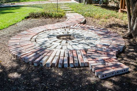 diy circle paver patio with pit