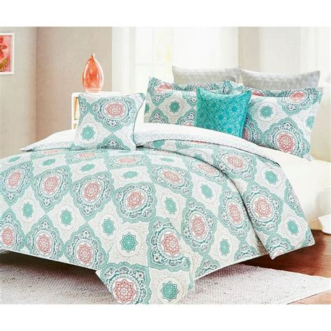 6312 quilt bedding sets 1000 ideas about king comforter sets on king