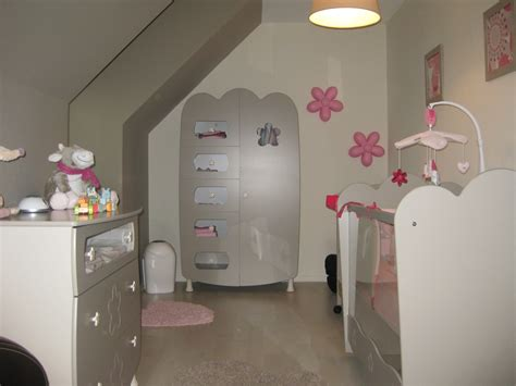 chambre fille et taupe idee deco chambre bebe taupe et blanc