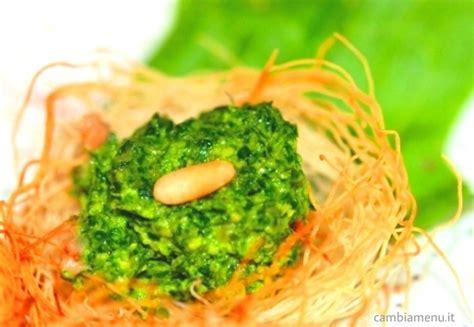 Foglie Di Sedano Ricette Cambia Menu 187 Nidi Croccanti Con Pesto Di Foglie Di Sedano