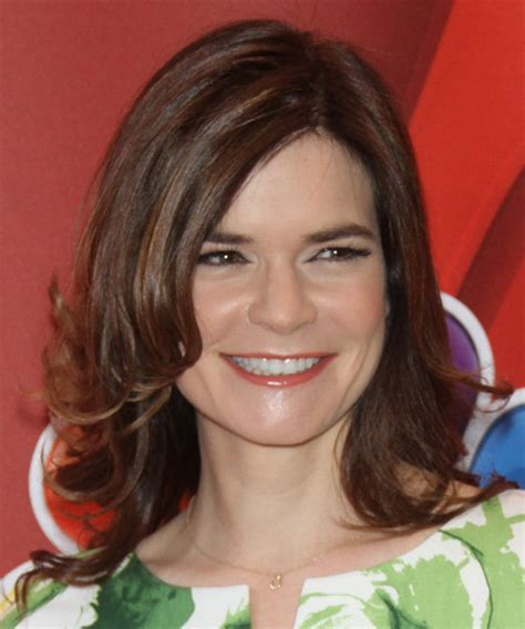 betsy brandt medium straight formal hairstyle brunette