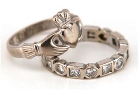 the irish ring is also known as the claddagh ring after the galway area where it originated