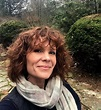 Robyn Lively family: husband, kids, parents, siblings ...