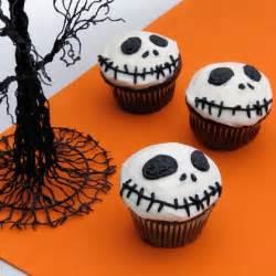 nightmare before christmas cupcake toppers skellington cupcakes 可愛い キモい ハロウィンパーティにお勧め海外お菓子レシピ集